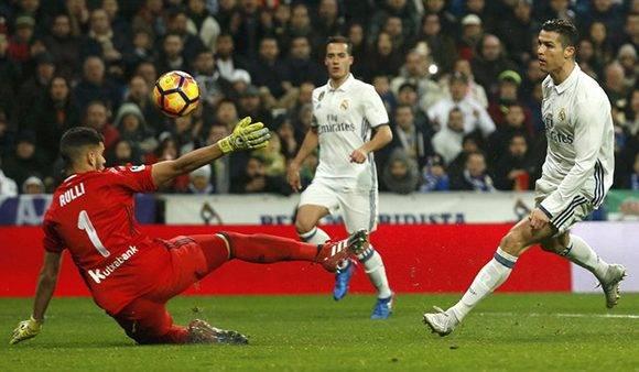 Cristiano Ronaldo fue uno de los jugadores con una asistencia y un gol. Foto tomada de Marca.