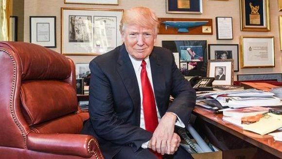"""Donald Trump durante la entrevista con """"The Times"""". Foto: @thetimes."""