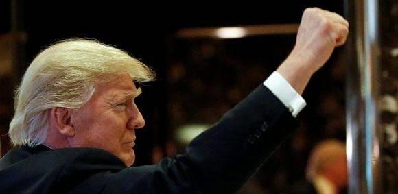 El presidente electo de EE.UU. en el hall de la Trump Tower. Foto: Shannon Stapleton/ Reuters.