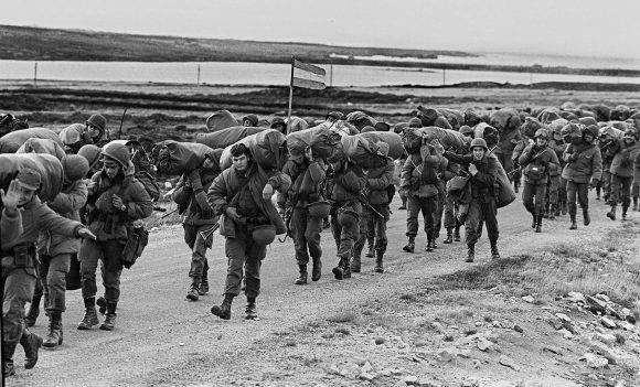 La Guerra de las Malvinas duró 74 días y en ella murieron 649 argentinos. Foto tomada de Infobae.