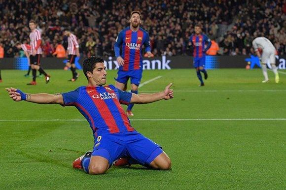 Primer marcó Luis Suárez. Foto: Lluis Gene/ AFP.