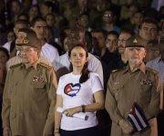 Raúl encabeza Marcha de las Antorchas. Foto: L Eduardo Domínguez/ Cubadebate