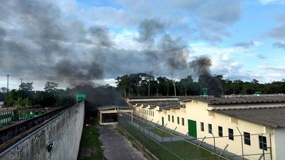 Motín en el Complejo Penitenciario Anísio Jobim, en el estado brasileño de Manaos. Foto: Twitter.