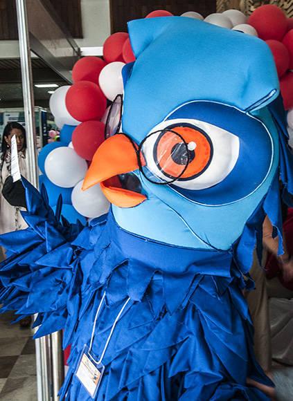 El Stand de Cinesoft fue el más activo del día, gracias a su mascota. Foto: L Eduardo Domínguez/ Cubadebate