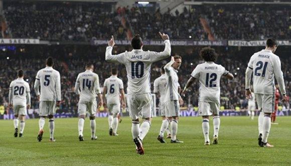 James Rodríguez hizo un partidazo ante el Sevilla. El Real Madrid acaricia los cuartos de la Copa del Rey. Foto tomada de Marca.