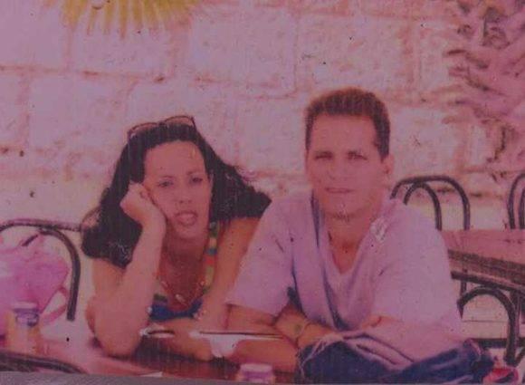 Una de las últimas fotos que se conservan de Yusimí y su esposo. Ambos vivían en el municipio de Perico. Foto: Cortesía de la familia.