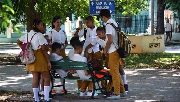 Adolescentes cubanos. Foto: Calixto Llanes/ Juventud Rebelde