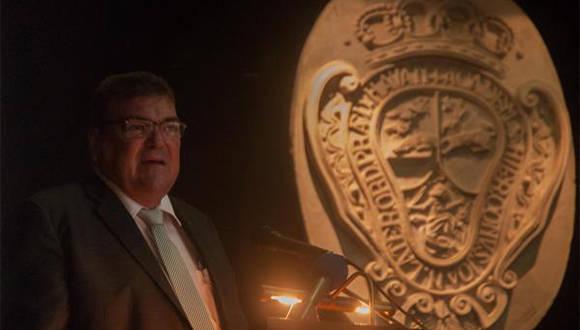 El Dr. Gustavo Cobreiro Suárez, Rector de la Universidad de La Habana (UH), durante su intervención en el Acto por el 289 Aniversario de la Fundación de la UH, en el Colegio Universitario San Gerónimo de La Habana, Cuba, el 5 de enero de 2017. ACN FOTO/ Diana Inés RODRÍGUEZ RODRÍGUEZ/ rrcc
