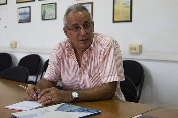 el arquitecto Jorge Mesa García, Director Comercial de EMPROY 2. Foto: Ladyrene Pérez/ Cubadebate.
