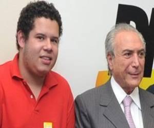 El exsecretario de Juventud junto a Michel Temer.