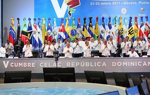 Ovación de despedida para Rafael Correa. Foto: Foto: @PresidenciaRD/ Twitter.