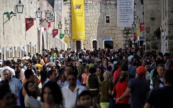 Se despide de La Habana Feria del Libro; comienza recorrido por todo el país