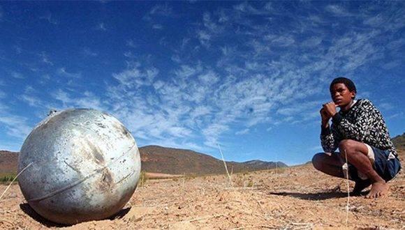Un objeto de la basura espacial cae en Sudáfrica. Foto: ESA.
