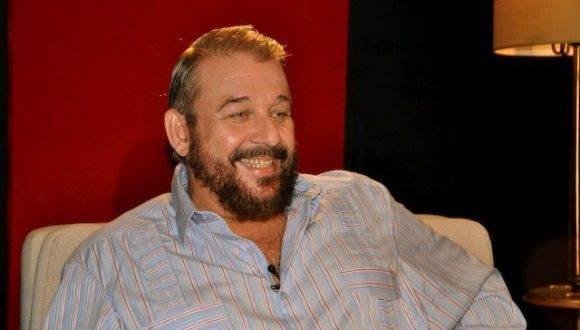 "Manuel Calviño en ""Con 2 que se quieran"". Foto: Petí."