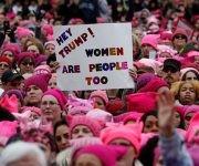 La Marcha de las Mujeres convoca a miles de personas contra Donald Trump en Washington. Foto: Reuters.