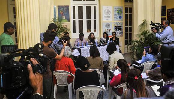 Conferencia de Prensa sobre el próximo Simposio Internacional Violencia de Genero, en la sede del Centro Nacional de Educación Sexual (CENESEX), en La Habana, Cuba, el 11 de enero de 2017. Foto: ACN.