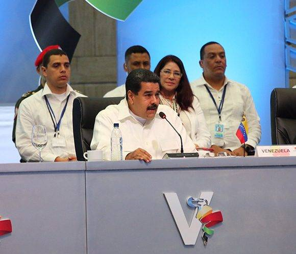 Maduro en la V Cumbre Celac. Foto: @PresidenciaRD/ Twitter.