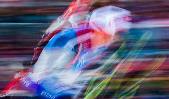 Dorothea Wierer of Italy competes in the women¥s 10 km pursuit race of the IBU Biathlon World Cup in Oberhof, eastern Germany, on January 7, 2017. / AFP PHOTO / Robert MICHAEL