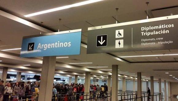"""Macri se escuda en su política de demonización de los inmigrantes como factor determinante de la llamada """"inseguridad"""". Foto: @Infoviajera."""