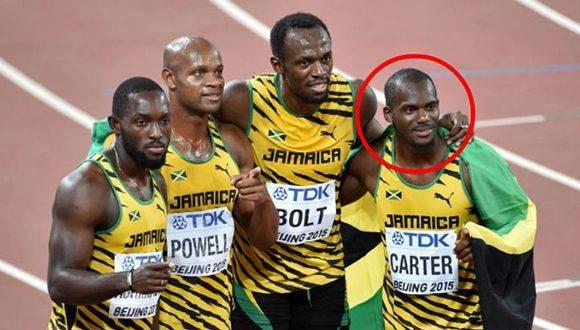El atleta jamaiquino, Usain Bolt, pagará la gran irresponsabilidad de uno de sus compañeros del relevo. Foto: El Bocón.