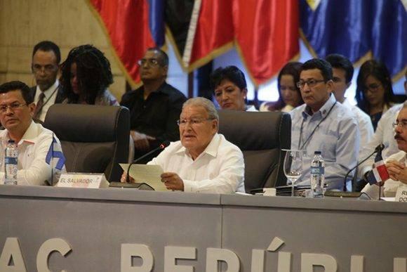 Salvador Sánchez Serén durante sus palabras luego de asumir la presidencia pro tempore de la Celac. Foto: Foto presidencia_sv/ Twitter.