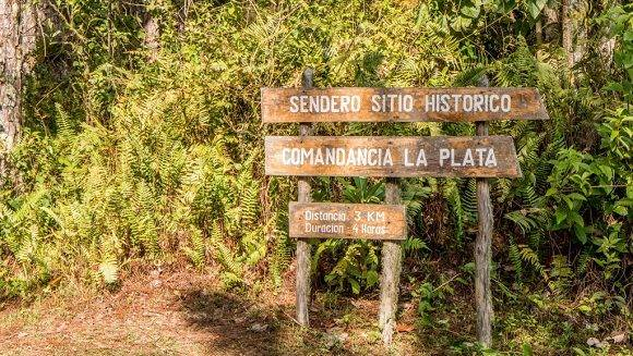 sierra-maestra-comandancia-de-la-plata-sign-1024x683