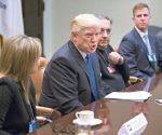 """Trump se reunió con ejecutivos de empresas de autos, a quienes les dijo: """"El ambientalismo está fuera de control"""".  Foto: EFE."""