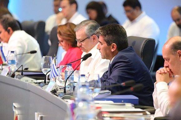 Raúl F. Sendic, vicepresidente de Uruguay en Cumbre de la Celac. Foto: @PresidenciaRD/ Twitter.