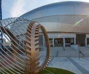 Gocheok Sky Dome. Este estadio está ubicado en Seúl, Corea del Sur. Tiene capacidad para 18 mil espectadores y presenta una superficie artificial.