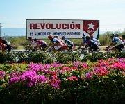 Ciclistas pedalean durante la segunda  etapa Guantánamo-La Gran Piedra (116 km) del IV Clásico Nacional de Ciclismo de ruta, el 15 de febrero de 2017.  ACN    FOTO/Calixto N. LLANES/Juventud Rebelde/sdl