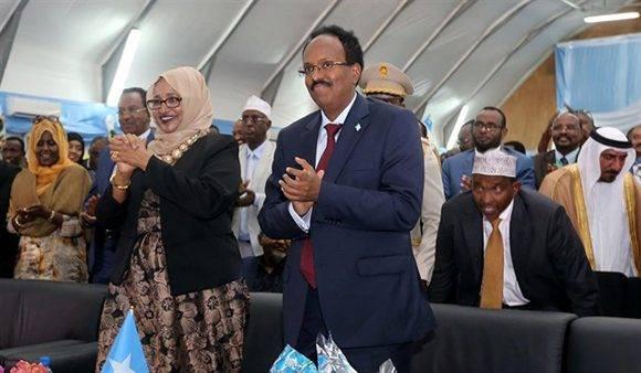 Toma posesión del cargo nuevo Presidente de Somalia
