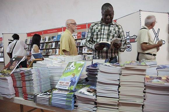 La Feria Internacional del Libro de La Habana fue inaugurada hoy en la Fortaleza San Carlos de La Cabaña. Foto: Ladyrene Pérez/ Cubadebate.