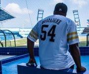 El slugger cubano Alfredo Despaigne Rodríguez, en  el estadio Latinoamericano. Foto: Marcelino Vázquez Hernández/ ACN