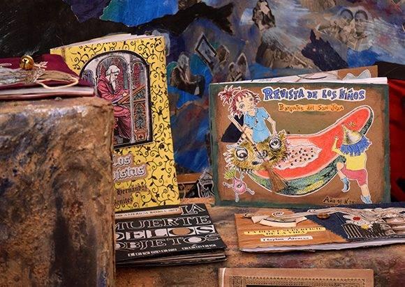 En tiradas de 200 ejemplares, Vigía publica literatura cubana y extranjera. Foto: Cinthya García Casañas/ Cubadebate.