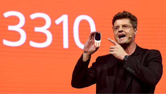 El Nokia 3310 es el segundo celular más vendido de la historia, por detrás del también Nokia 1100. Foto: Josep Ñago/ Getty.