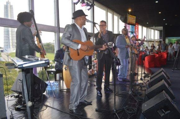 Alaín Pérez, compartió el escenario con Septeto Santiaguero. Foto: Marianela Dufflar