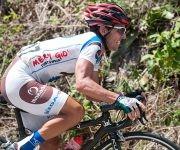 Joel Solenzal, de Sancti Spíritus, pedalea loma arriba durante la 7ma etapa Ciego de Ávila-Topes de Collantes (167 km) del IV Clásico Nacional de Ciclismo de ruta, el lunes 20 de febrero de 2017. Foto: Calixto N. Llanes/ Juventud Rebelde