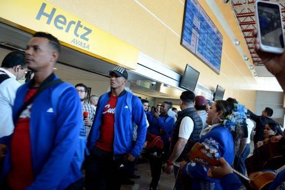 Beisbol-Serie del Caribe-Culiacan llegada del equipo Granma a la sede Carlos Martí DT