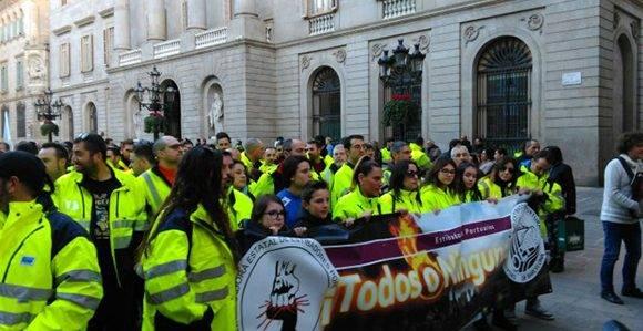 Marcha de los estibadores en Barcelona. Foto: Laura Safont/ Público.