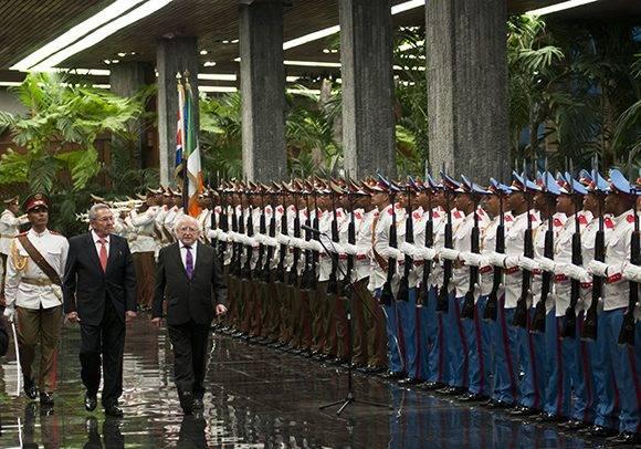 Recibió Raúl Castro al presidente de Inlanda Michael Higgins. Foto: Ladyrene Pérez/ Cubadebate.