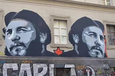 Mural dedicado a Fidel Castro en calle Mezzocanone , Nápoles, italia. Foto: Tomada del muro de Facebook de Randy Perdomo