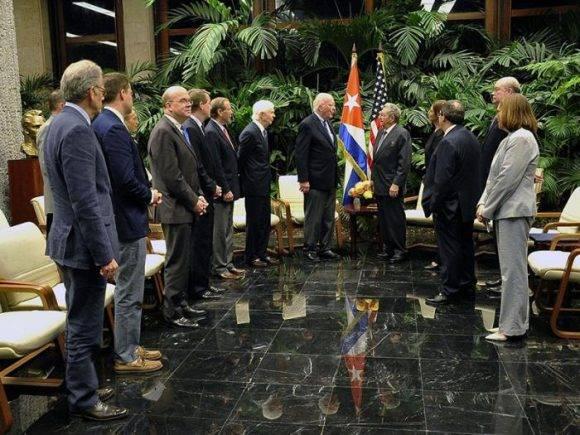 Raúl recibió a Congresistas estadounidenses, La Habana, 21 de febrero de 2017. Foto: Estudios Revolución