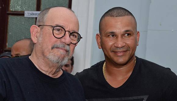 Silvio Rodríguez y Frederich Cepeda. Foto tomada del Centro Pablo.