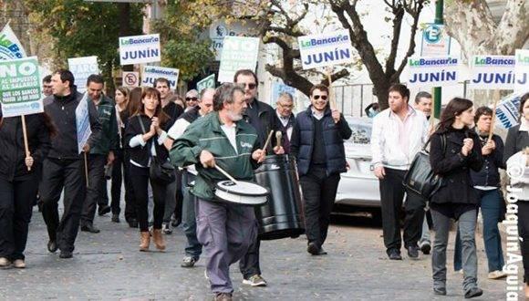 banco-huelga-argentina-2