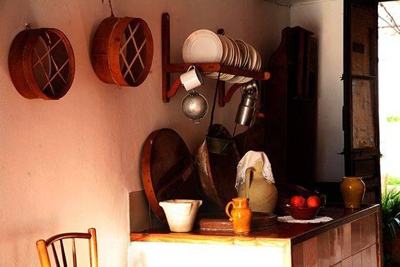 Cocina de la casa del poeta oriolano. Foto: Jennifer Romero.