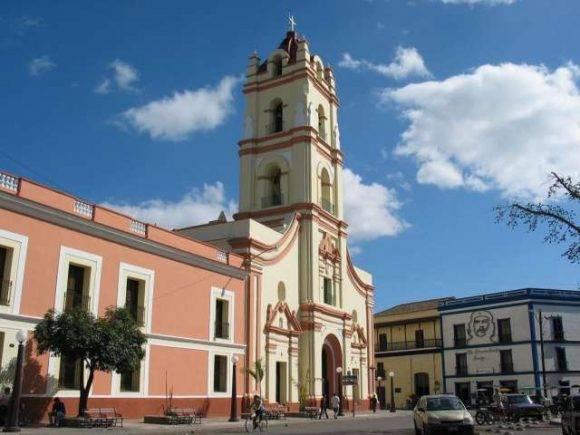 Centro histórico de Camagüey. Foto tomada de Viajar x Cuba.