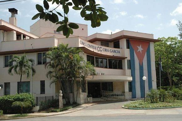 La Clínica Central Cira García está ubicada en el municipio Playa de La Habana. Foto: AFP.