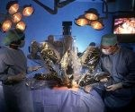 Cirugía robótica en Cuba. Foto: Archivo.