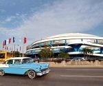 La Comisión Provincial de Seguridad Vial en La Habana anuncia nuevas medidas para aliviar el flujo de automóviles por la Ciudad Deportiva. Foto: EPA/ Ernesto Mastrascusa.