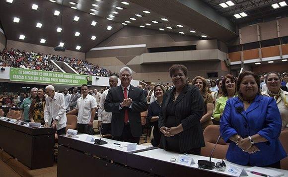 las autoridades cubanas destacaron los aportes de entidades internacionales como la Organización de las Naciones Unidas para la Educación, la Ciencia y la Cultura (Unesco), y la contribución del gobierno de Venezuela con la participación de sus delegaciones. Foto: Ladyrene Pérez/ Cubadebate.